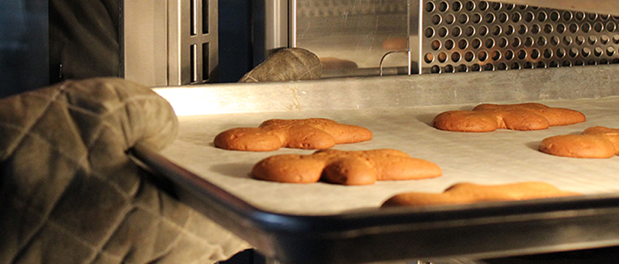 The Big Debate Convection Oven Vs Deck Oven Gethow